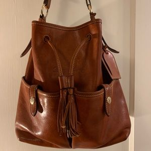 Classic leather Dooney & Burke shoulder bag